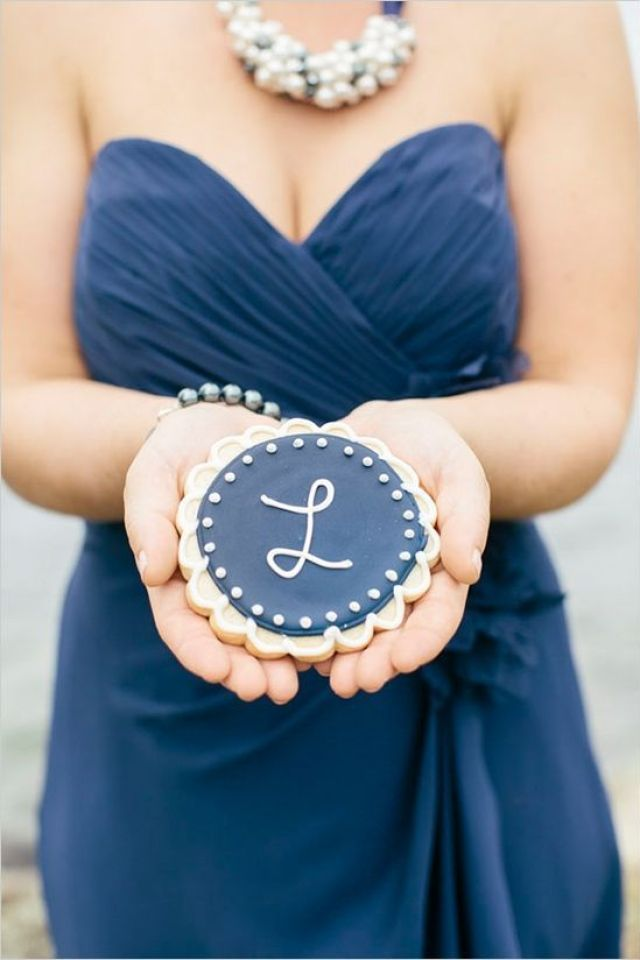 57_signature-wedding-cookie-f984747af74e7f57