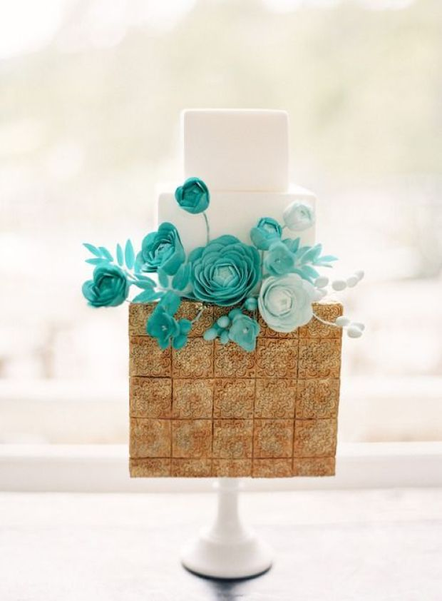 square-tile-cake-with-teal-flowers
