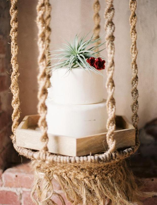 mid-century-modern-wedding-inspiration-at-howl-in-long-beach-1048-int-2