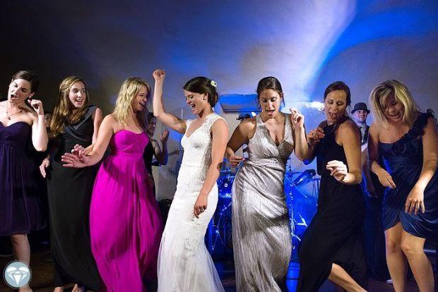 Sarah-Jo-and-Kyles-Florida-Yacht-Club-Wedding-0028.jpg