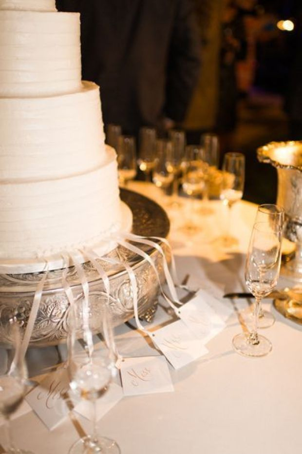 southern-wedding-ribbon-pull