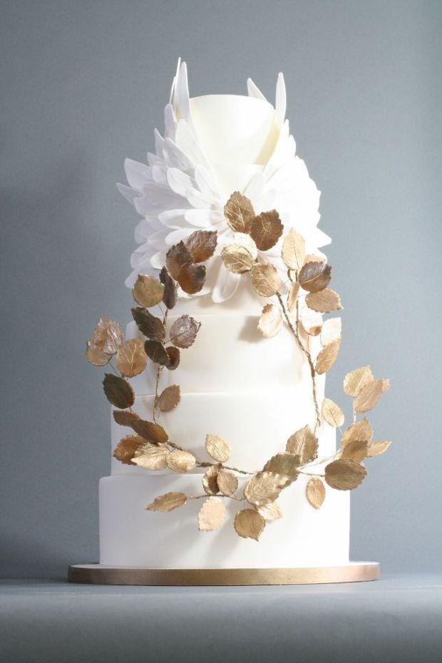 victoria-made-wedding-cakes-brighton-wedding-cakes-london-4-683x1024