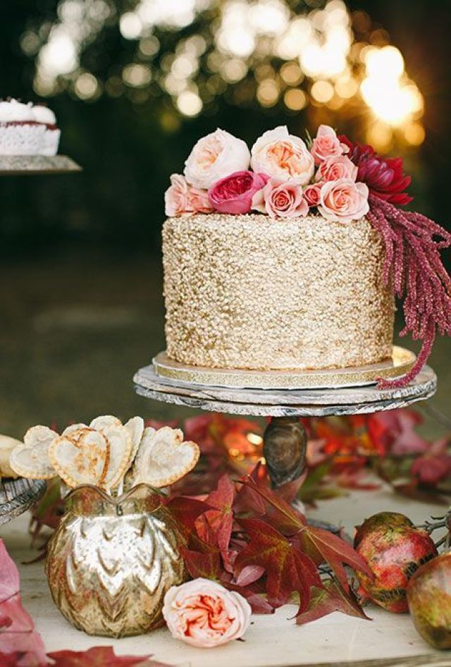 Floral-Wedding-Cakes-Refresh-Charise-Proctor.jpg