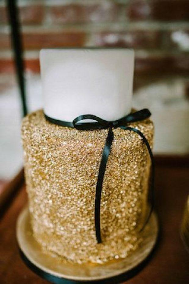 gold-wedding-cake-1.jpg
