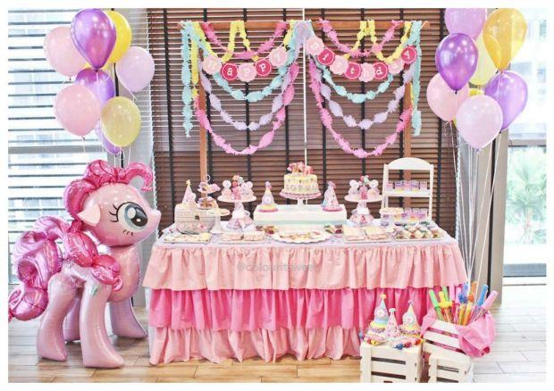 dessert-table(pp_w1040_h734)