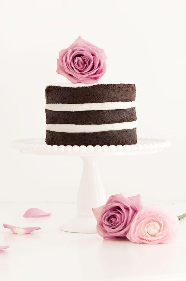 Naked+Chocolate+Cake+-+Sprinkles+for+Breakfast.jpeg