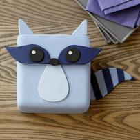 raccoon-bandit-cake-large (1)