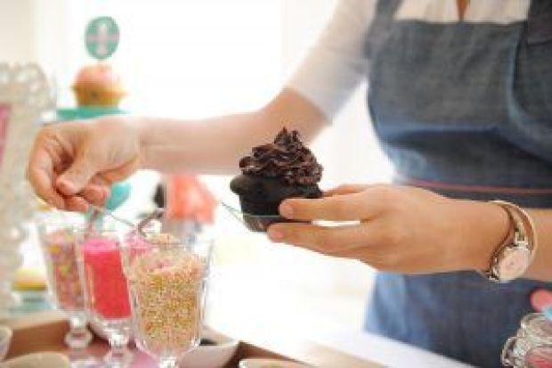 cupcake-bar-05