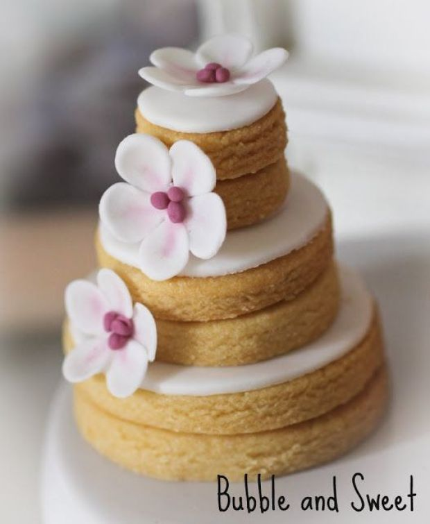 stacked wedding cake sugar cookies stacked cookies las galletas apiladas luz angela 20468