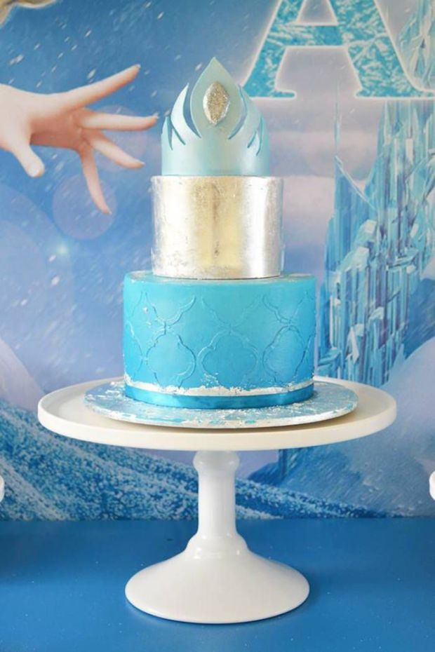 Frozen-Birthday-Party-Worth-Melting-For-cake
