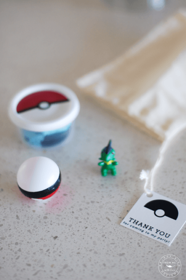 modern-pokemon-party_favor-bag