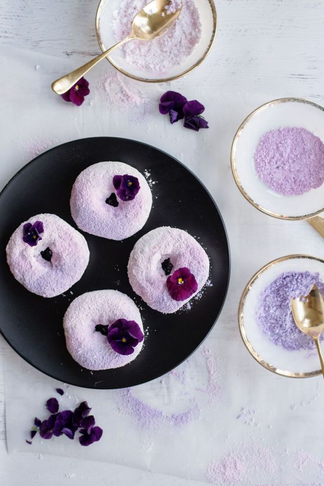 Colored-Powdered-Sugar-Donuts-DIY-3496.jpg