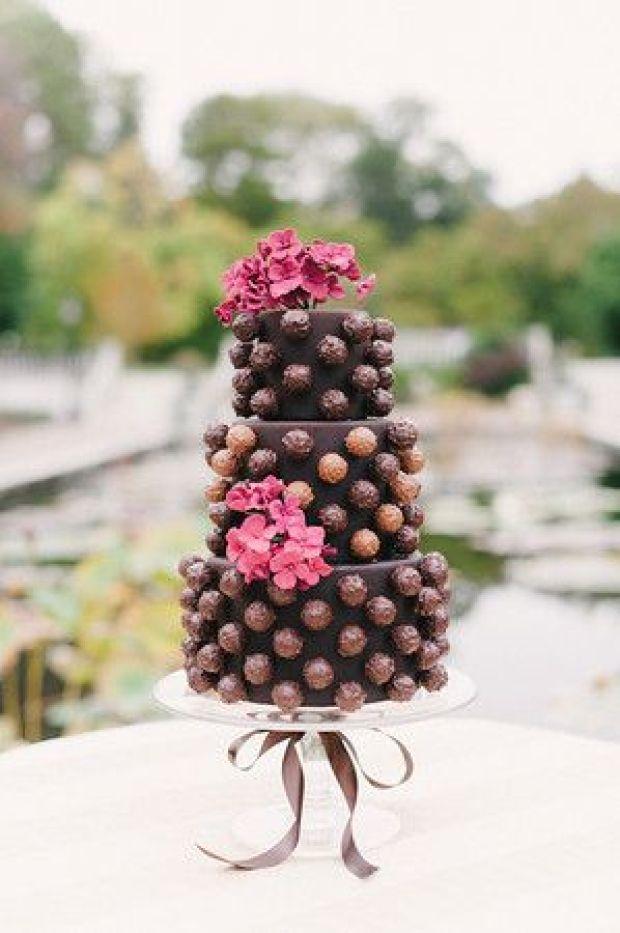 Ana Parzych Custom Wedding Cake Truffle Cake Chocolate Fall Winter New York City NYC WellWed-2.jpg