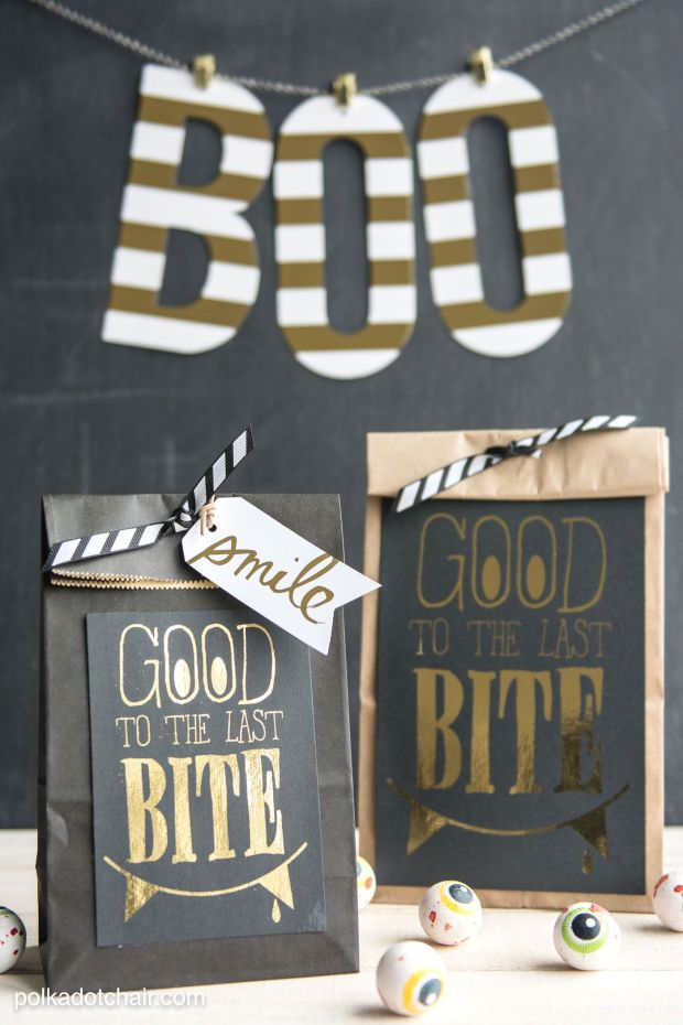 gold-black-halloween-treat-bags.jpg
