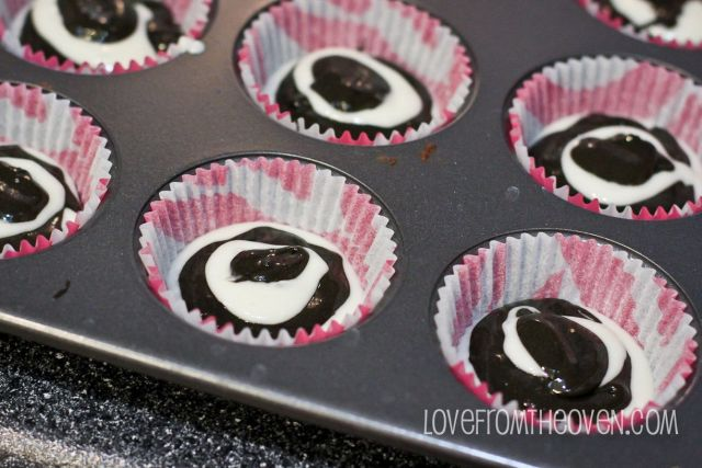 love-from-the-oven-zebra-cupcakes-2-4