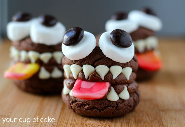 Monster-whoopie-pie-for-halloween.jpg