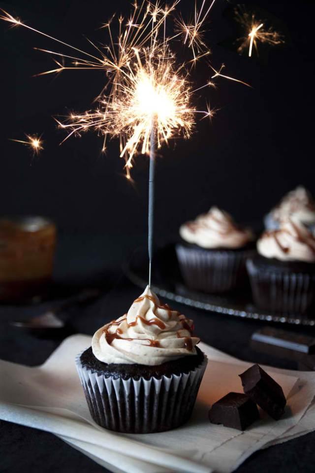 Chocolate-cupcakes-with-peanut-butter-Swiss-meringue-buttercream-cupcake.jpg