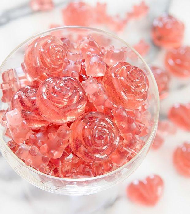 rose-champagne-gummy-bears-18a.jpg