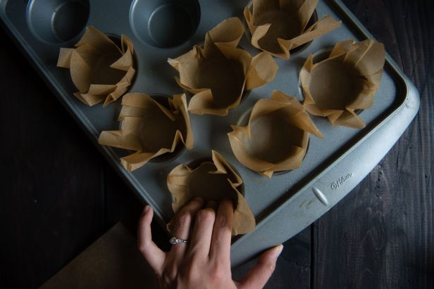 craftsy-diy-how-to-make-your-own-cupcake-liners-5