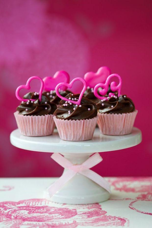 valentine-cupcakes-.jpg