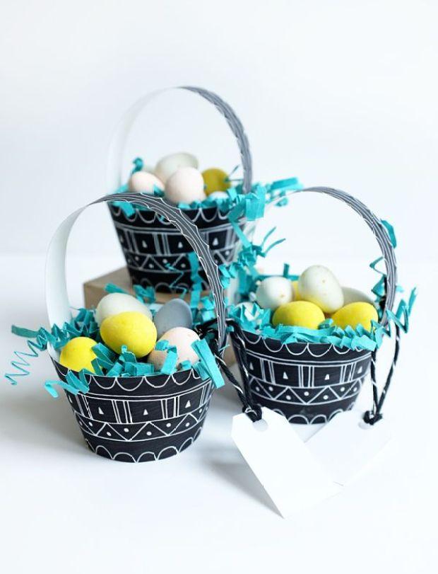 2_patterned_egg_baskets.jpg