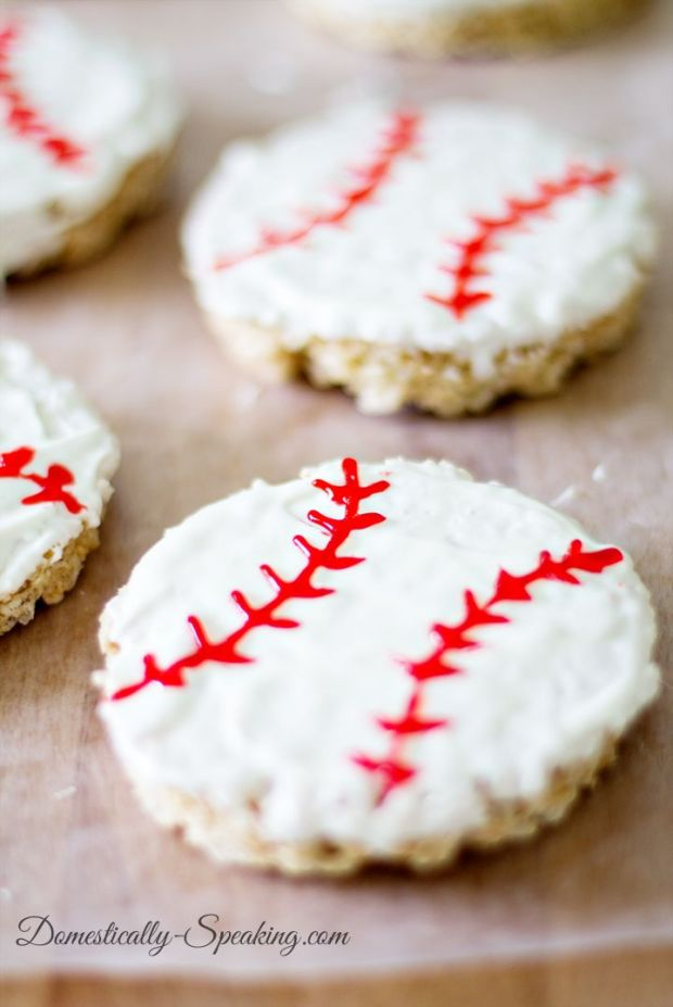 Baseball-Rice-Krispie-Treats-3.jpg