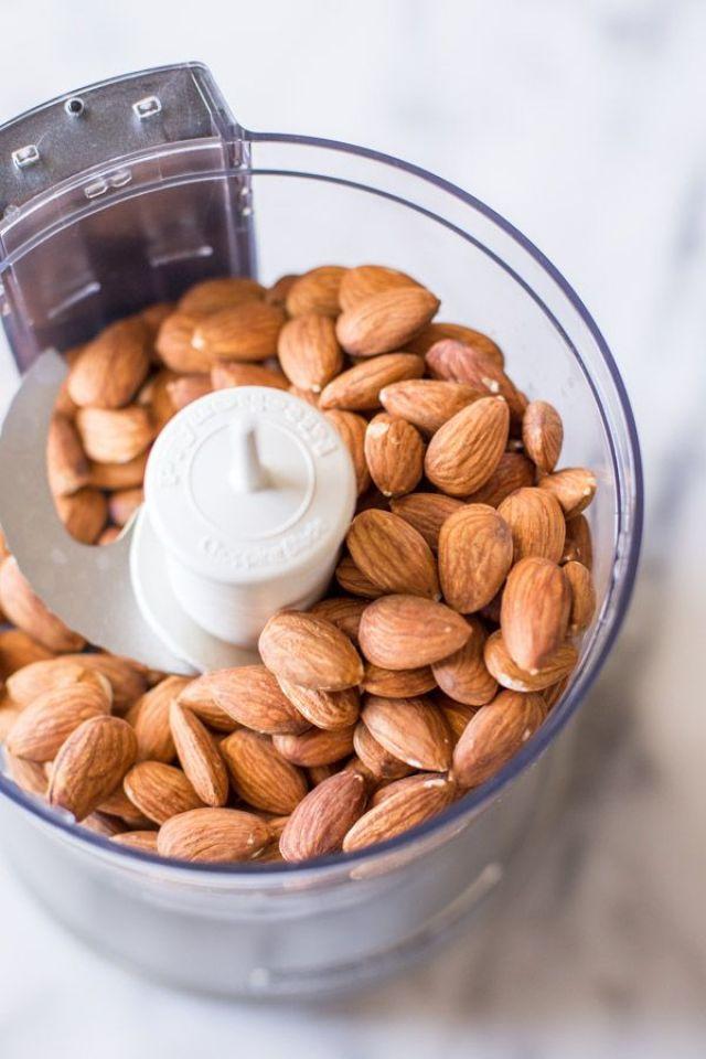 Homemade-Almond-Butter-2.jpg