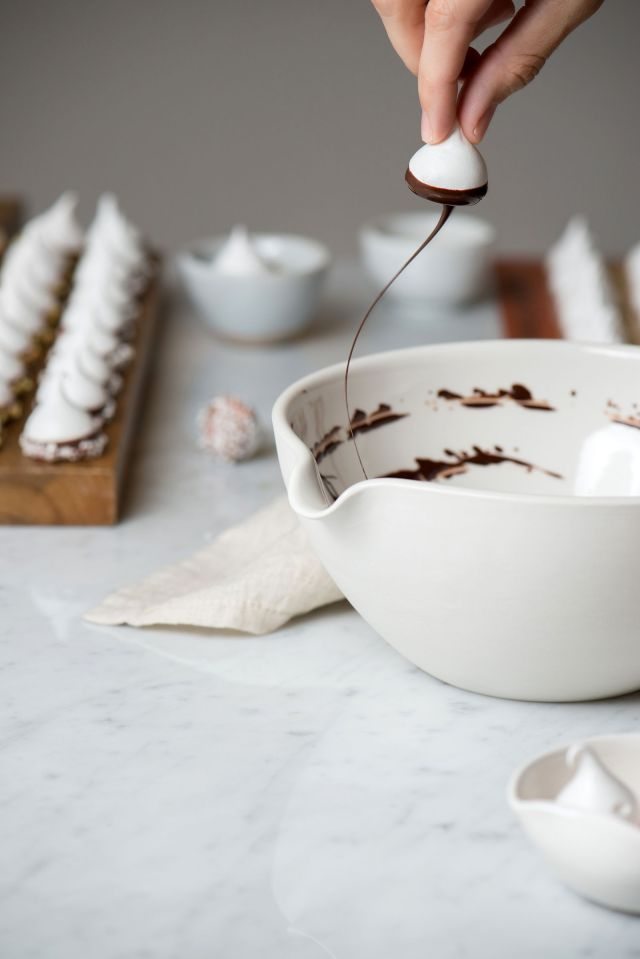 Ghirardelli-Chocolate-Dipped-Holiday-Meringue-Now-Forager-Teresa-Floyd-Photography