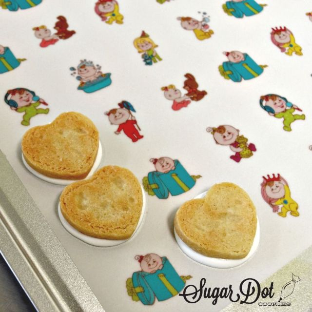 how to tutorial use sugar stamps candy melts sugar cookies 3.jpg