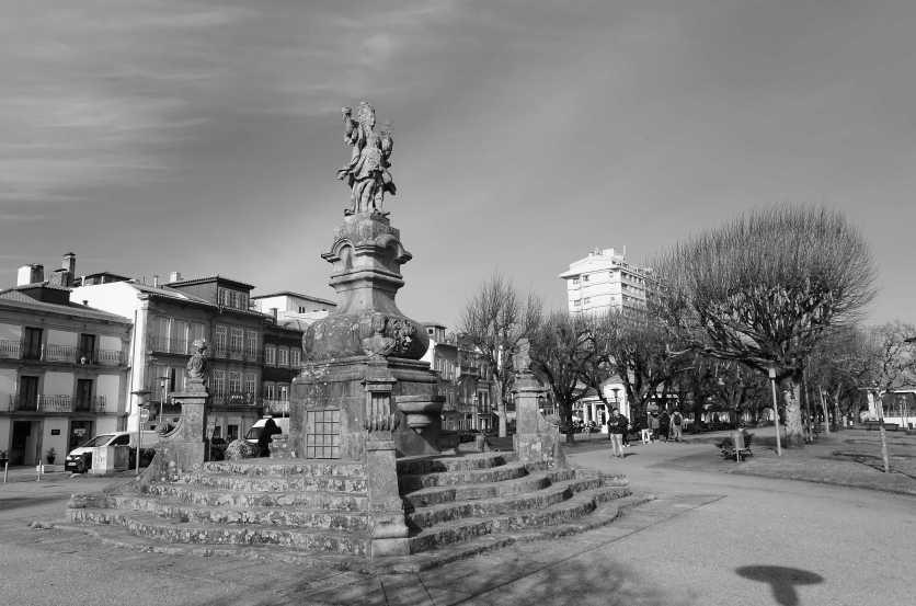 viana em estátua