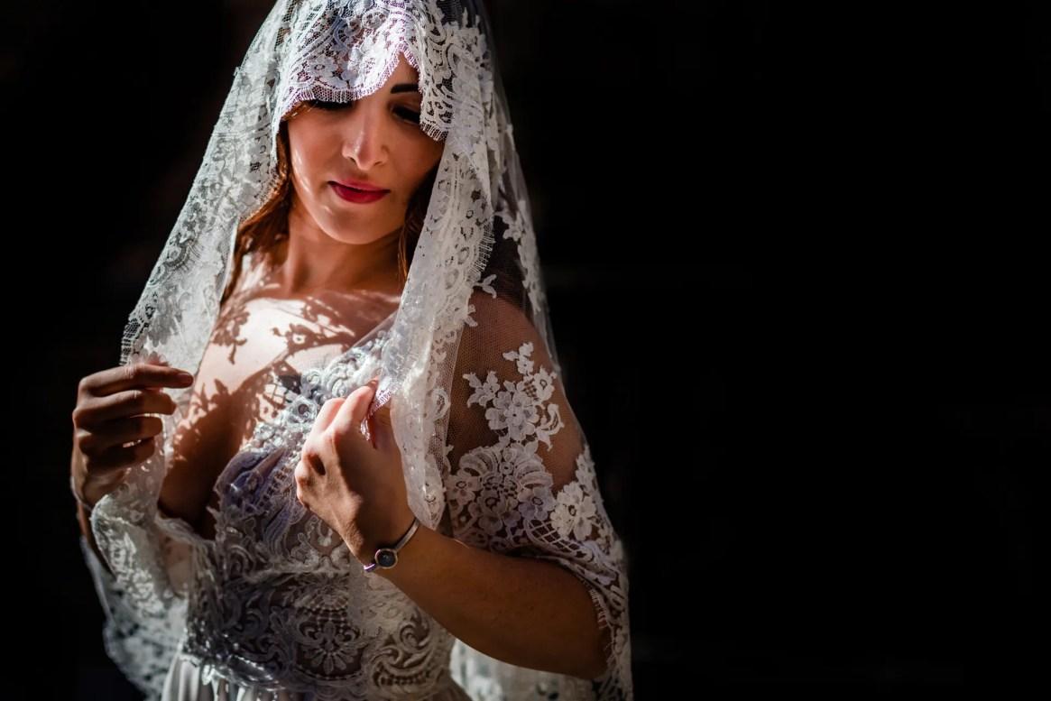 LuzdeBarcelona-boda-fotografo-postboda-gotico-Barcelona-6
