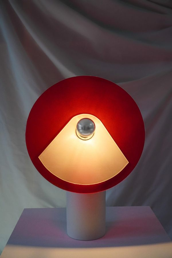 cristalina-lampara-encendida-rojo-blanco