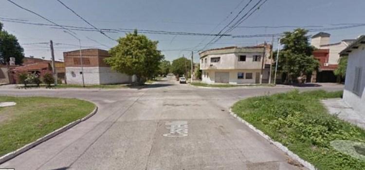 Matan a un joven en un enfrentamiento entre clanes en barrio Echeverría