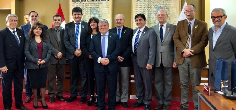 La UNT acordó intercambio académico con Perú