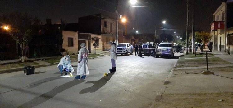 Fallece una mujer víctima de un tiroteo en La Costanera