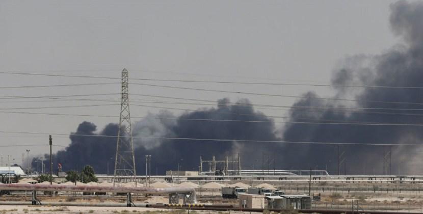 La Argentina condenó «enérgicamente» el ataque a dos refinerías en Arabia Saudita