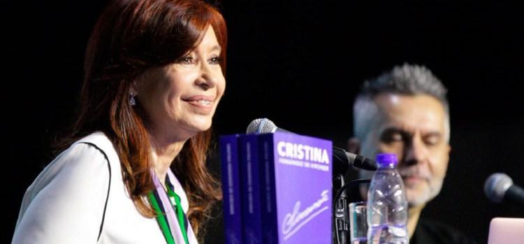 Cristina Fernández pidió que la deuda la paguen «en mayor parte quienes más la disfrutaron»