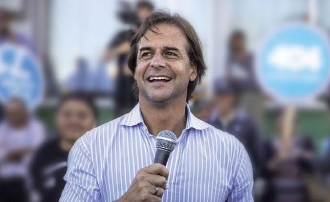 Uruguay: con el 91% de las mesas escrutadas, Lacalle Pou obtiene un 48,19% de los votos y Martínez el 46,61%