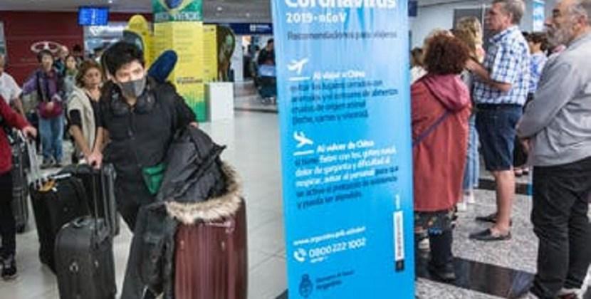 Coronavirus: comenzaron a aplicar el protocolo en los vuelos que llegan a Ezeiza desde Roma