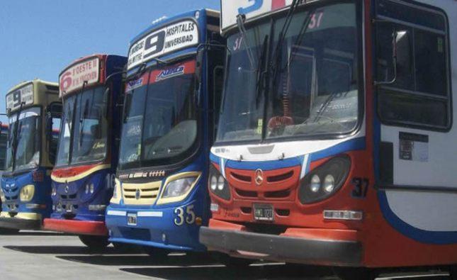 UTA levantó el paro de colectivo en Tucumán