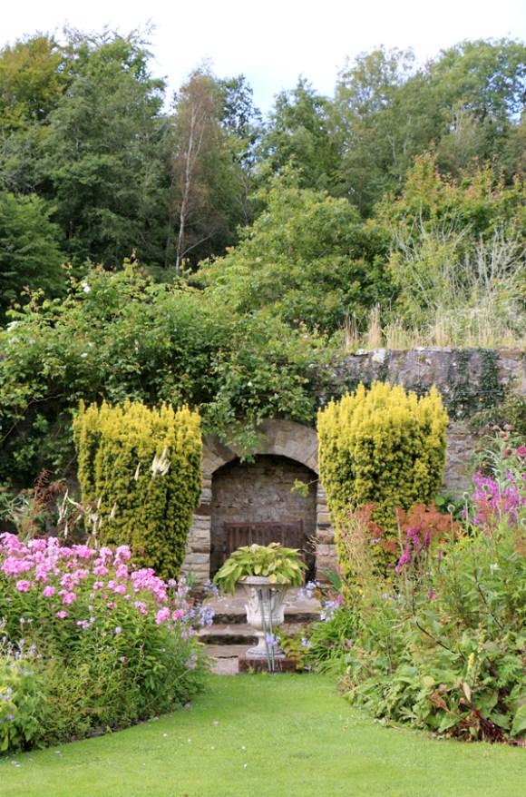 4 Salthill Gardens Donegal © Lavender's Blue Stuart Blakley