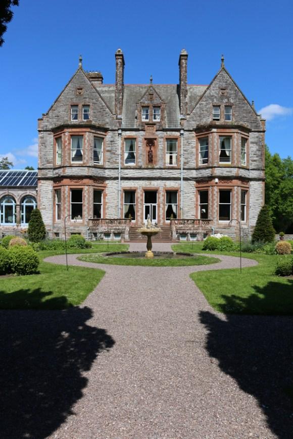 Castle Leslie Garden Front © Lavender's Blue Stuart Blakley