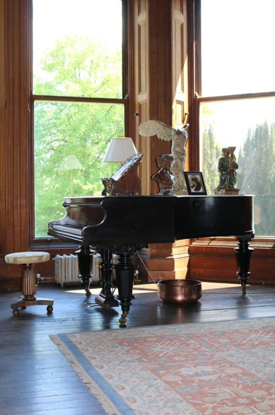 Castle Leslie Grand Piano © Lavender's Blue Stuart Blakley