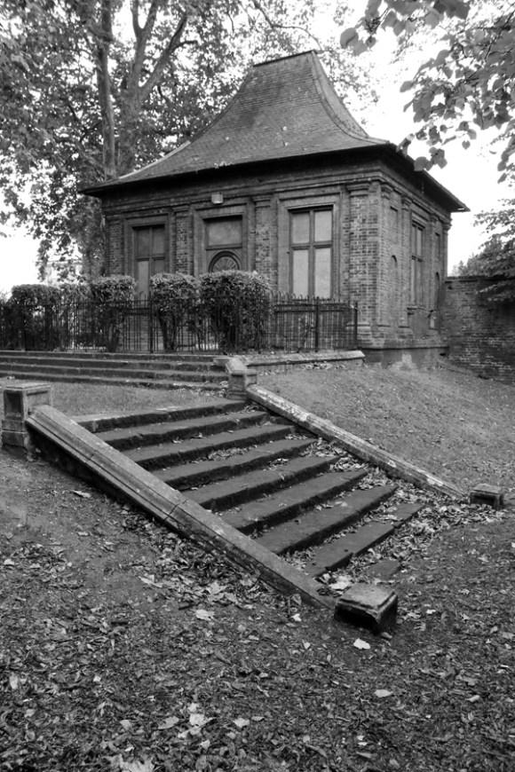 charlton-house-greenwich-pavilion-lavenders-blue-stuart-blakley