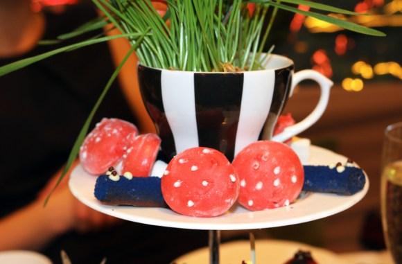sanderson-hotel-london-china-tea-lavenders-blue-stuart-blakley