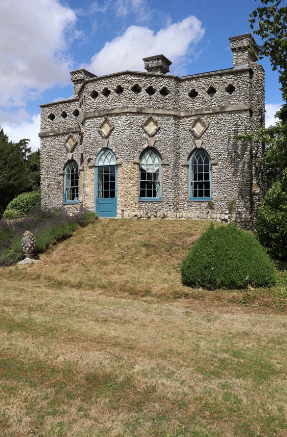 19 Summer House Hampshire © Stuart Blakley