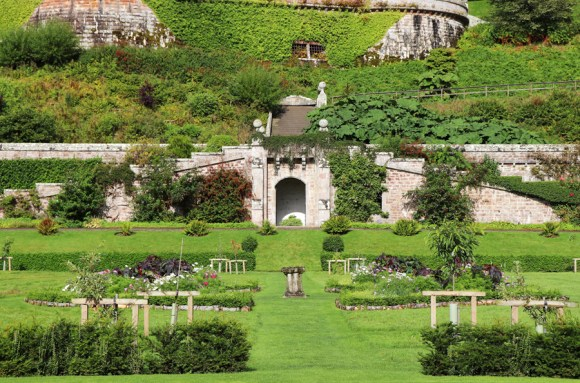 Dunrobin Castle Terrace © Lavender's Blue Stuart Blakley