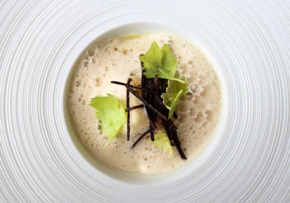 OX Restaurant Belfast Foam © Lavender's Blue Stuart Blakley