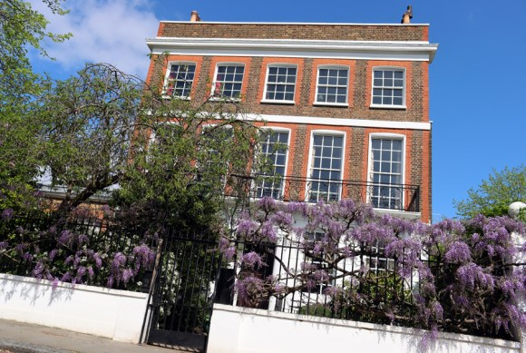 Cheyne Walk London © Lavender's Blue Stuart Blakley