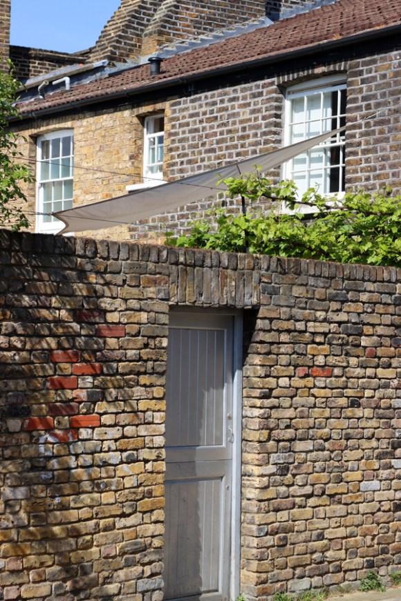 Roupell Street Conservation Area Waterloo London Yard © Lavender's Blue Stuart Blakley
